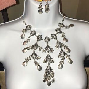 LOFT Tier Necklace with Matching Earrings
